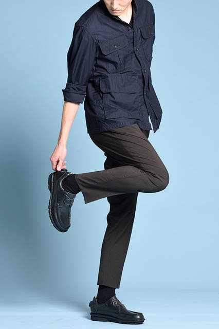 """<strong>MEN'S STYLE</strong><br /> ホールド性が高く着脱もスムーズなBOAクロージャーシステム搭載シューズには、ブラックのシャープなコーディネートですっきりと。   <br />  <a href=""""/gallery/1470755/12"""" class=""""link_underline""""> 靴 2万3760円</a>  <br /> <br />  <a href=""""http://www.regalshoes.jp/week/16s/mens/#shoes09"""" target=""""_new"""">http://www.regalshoes.jp/week/16s/mens/#shoes09</a>"""