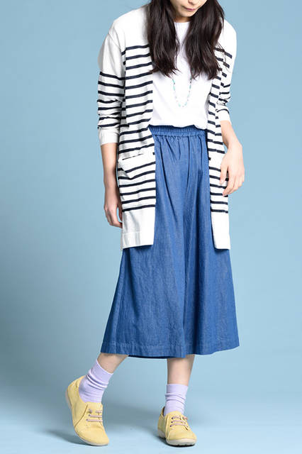 """<strong>WOMEN'S STYLE</strong><br /> 人気のマリンスタイルにスパイスを効かせてくれるイエローのライトカラー。歩きやすいので足取りも軽やか。 <br />  <a href=""""/gallery/1470755/33"""" class=""""link_underline""""> 靴 1万7280円   </a>  <br /> <br />  <a href=""""http://www.regalshoes.jp/week/16s/ladies/#shoes16"""" target=""""_new"""">http://www.regalshoes.jp/week/16s/ladies/#shoes16</a>"""