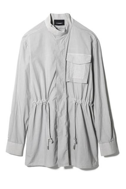 <strong>DIESEL BLACK GOLD青山限定</strong><br/>MEN'S ロングシャツ(チョークホワイト)<br/> 価格 4万1000円