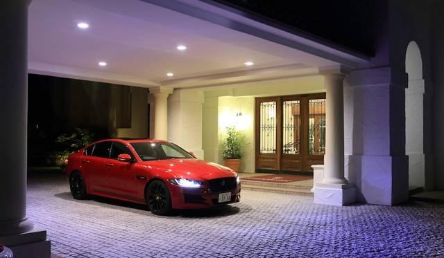 車体寸法は全長4,680×全幅1,850×全高1,415mm、ホイールベースは2,835mm