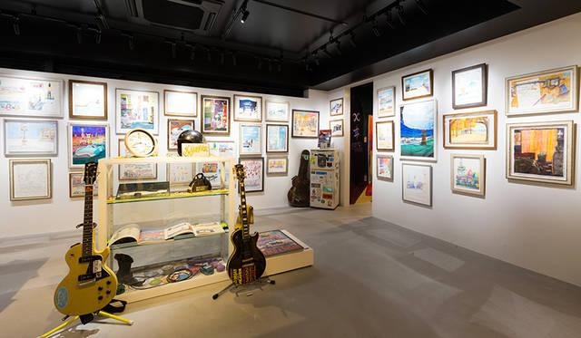 """5階は""""匠""""をテーマに日本のアートとクラフトを発信する。B ギャラリーでは、浅井健一氏の個展「FRED&SUSAN」を開催中"""