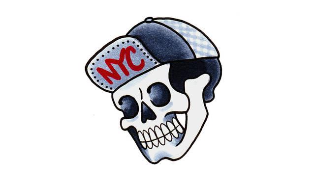 ブルックリンに拠点をかまえ世界的にも有名なタトゥースタジオ、Three Kings Tattooの創設者の1 人であるAlex McWatt (アレックス・マクワット)によるテンポラリータトゥーシール。Alexはデザイ ナーのMarcusとDavidの友人でもあり、彼らの友人達を集めポートレート形式で発表した2015SS Mens Collecfonにもモデルとして登場している。6種類の異なるデザインが入ったタトゥーシール は、伊勢丹130周年を記念して描かれた完全オリジナルデザイン。 <br><br>6枚セット 1728円<br>
