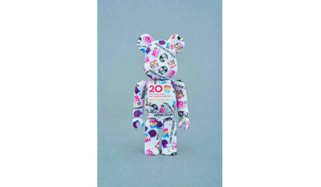 <strong>BE@RBRICK MULTI LOGO Ver.( MEDICOM TOY MANUAL VOLUME Ⅲ特別付録)</strong>/価格5800円  BE@RBRICK TM & © 2001-2016 MEDICOM TOY CORPORATION. All rights rserved.