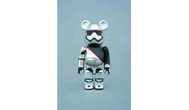 <strong>BE@RBRICK CAPTAIN PHASMA™ 100%</strong>/価格1620円  © & &#8482; Lucasfilm Ltd.