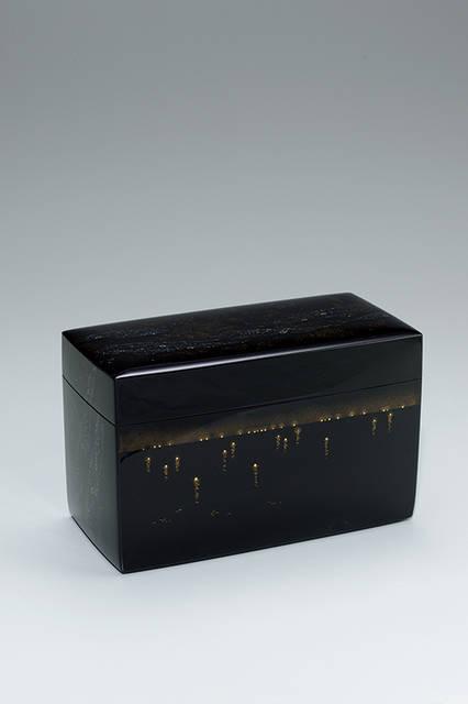 日本工芸会会長賞</br><漆芸> 蒔絵箱「夜景」 寺西松太