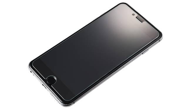 通話時に付きやすいファンデーションなどの汚れを浮かせ、さっと拭き取れる保護ガラス。。iPhone 7、iPhone 7plus用ともに2,500円。9月下旬発売予定