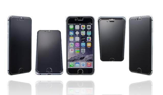 正面以外からは画面が見れない、覗き見防止機能付きの保護ガラス。iPhone 7用のみで税込4,000円。9月下旬発売予定