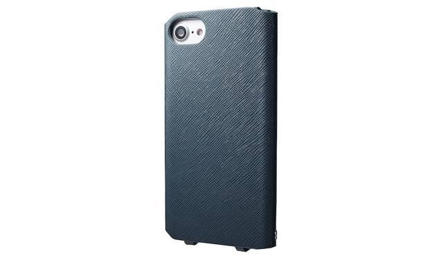 カラーはネイビー。iPhone 7用は4,000円、iPhone 7 plus用は5,000円(ともに税込み)。9月下旬発売予定