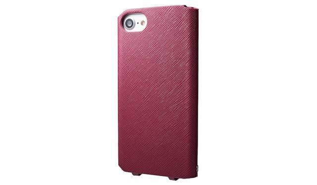 カラーはレッド。iPhone 7用は4,000円、iPhone 7 plus用は5,000円(ともに税込み)。9月下旬発売予定