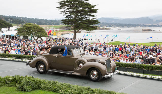 Class D(Packard)部門1位、Packard 1607 Twelve Convertible Coupe(38年) Copyright © Kimball Studios / Courtesy of Pebble Beach Concours d'Elegance