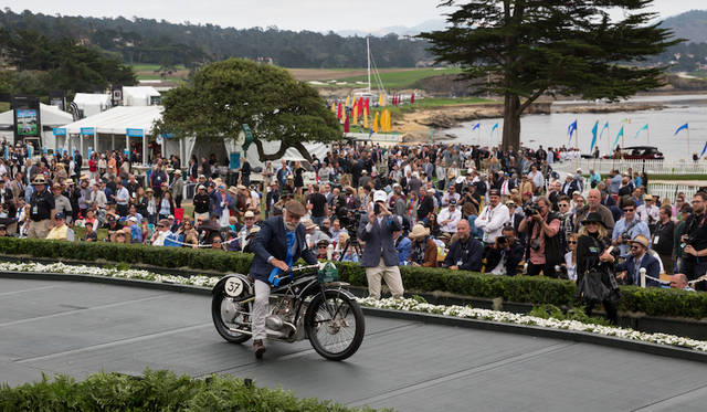 Class X(BMW Motorcycles)部門1位のBMW R37(25年) Copyright © Kimball Studios / Courtesy of Pebble Beach Concours d'Elegance