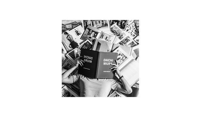 <strong>Daichi Miura<br> Daichi Miura / ファッションディレクター</strong> <br><br> ファッションデザイナー、アートディレクター、イラストレーター、クリエイティブディレクター…etc 肩書きという枠を超えて多方面で活躍する今注目のマルチクリエイター。2011 SPRING&SUMMERより、自身のブランド「Dosqa Tokyo」を発足。2015年11月、ワークスタイルブック「DESIGN DRAW DIRECT」を出版。
