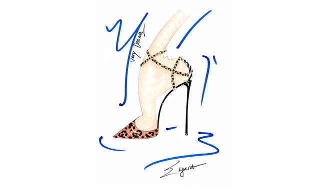 <strong>Very Deena Pump</strong><br /> デザイン|Princess Deena Al-Juhani Abdulaziz <br /> 価格|9万2500円(税抜 ・参考価格) <br /> ※日本円は換算日レートにより価格が異なります <br /> カラー|1色