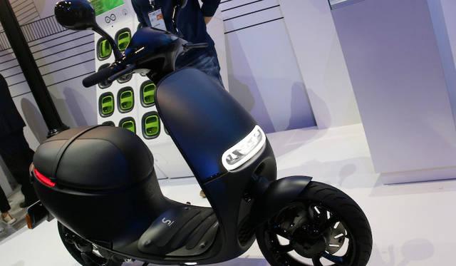 パナソニックのバッテリーを用いた電動スクーター「Gogoro」。台湾をベースにした企業であるが、既にベルリンではバイクシアリングようにスタートしている