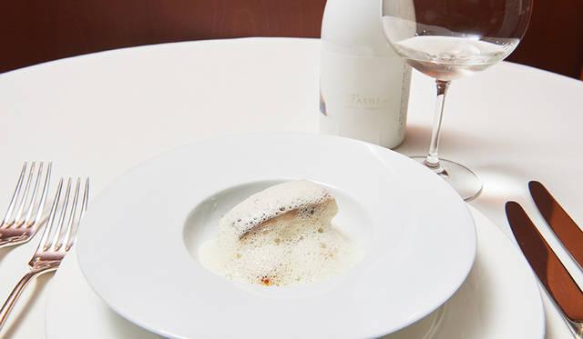 NIIZAWA KIZASHI × 真鯛の酒蒸しと青海苔 浅利のソース