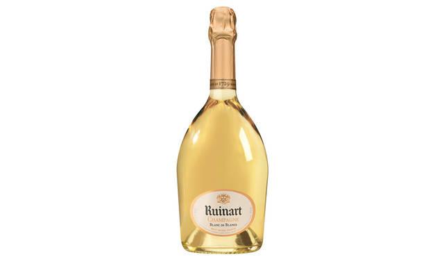 ルイナールの味わいを代表するシャンパーニュ。シャルドネだけで作られる特別なシャンパーニュで、「白のなかの白」と形容される、エレガントで洗練された清らかな味わいが特徴。<br /> 希望小売価格 750ml 1万200円(税別)