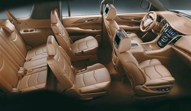 新型「キャデラック エスカレード」プラチナム 7シート