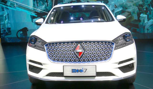 Borgward BXi7|ボクルバルト BXi7<br> 長らく途絶えていたドイツ車のブランドを福田汽車がプレミアムブランドとして復活させたボルクヴァルト。これはその「BXi7」。既発売のSUV「BX7」のEV版である。