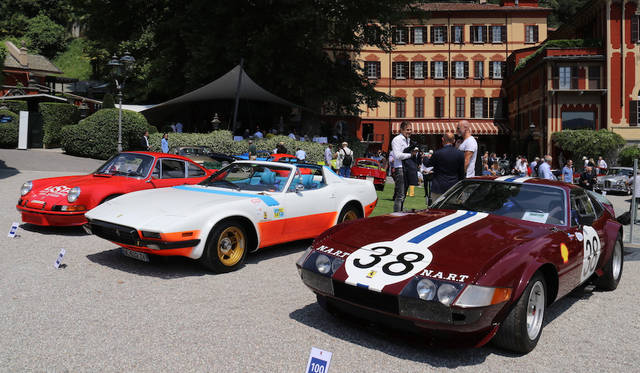 (from right) Ferrari 365GTB/4 Competizione  1970, Ferrari 365GTB/4 Spyder N.A.R.T. 1972 and Porsche 911 Carrera RSR|フェラーリ 365GTB/4 コンペティツィオーネ(1970年)、フェラーリ 365GTB/4 スパイダー N.A.R.T(1972年)、ポルシェ911カレラRSR