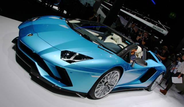 Lamborghini Aventador S Roadster|ランボルギーニ アヴェンタドール S ロードスター