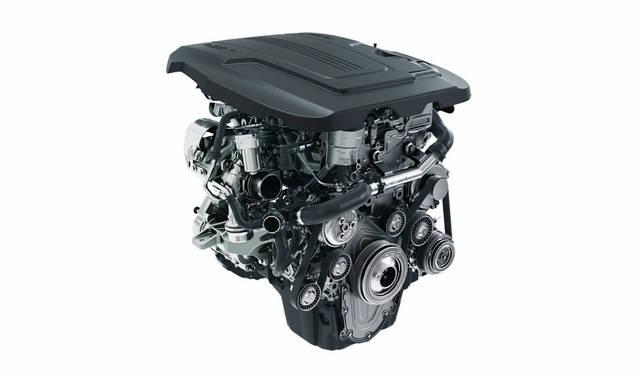 ガソリン仕様の直列4気筒DOHC 2.0リッターターボエンジン
