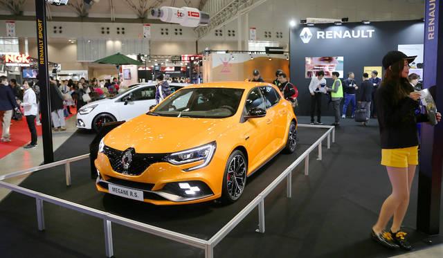<strong>Renault Megane R.S.|ルノー メガーヌ R.S.</strong><br> ルノーは新型メガーヌRSを参考出品