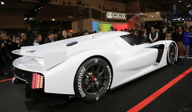 <strong>Toyota GR SuperSport Prototype|トヨタGRスーパースポーツ プロトタイプ</strong><br> GRスーパースポーツプロトタイプは高効率のEVシステムと、希薄燃焼エンジンの組み合わせ