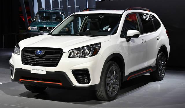 新型スバル「フォレスター」は新しいグローバルプラットフォームに、2.5リッター水平対向エンジンにシンメトリカルAWDシステム