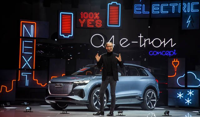 Marc Lichte, Head of Design, AUDI AG Audi Q4 e-tron concept