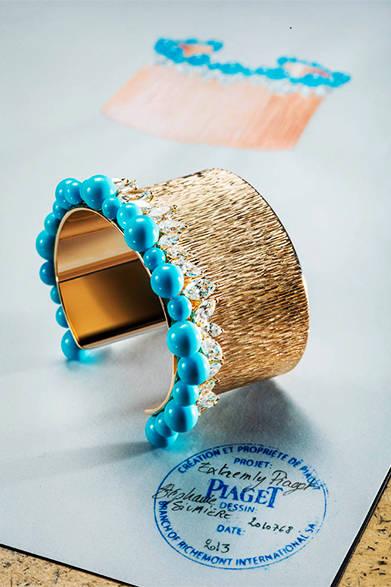 <strong>La Biennale Paris|パリ・ビエンナーレ 2014</strong><br /><br />PIAGET|ピアジェ<br /><br />金細工と石を組み合わせたブレスレット