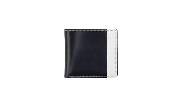 ユナイテッドアローズ別注の二つ折りタイプのウォレット 3万5640円