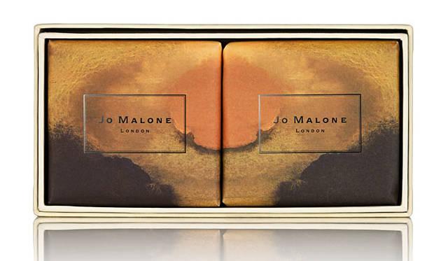 「マイ ワンダーラスト。~旅への強い憧れ、旅先へ誘う香り。」 バス ソープ コレクション「アカシア & ハニー」(2×100g)6480円