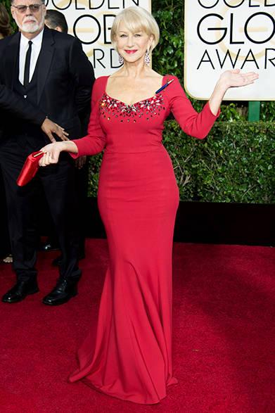 <strong>Helen Mirren|ヘレン・ミレン</strong><br><br>ショパールのルビーのイヤリングに合わせ、ドルチェ&ガッバーナのドレスもレッドに。<br>