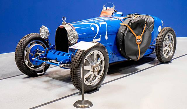 タイプ35はレースで活躍したが、公道で使うひともいた