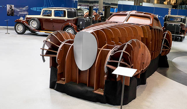 エットーレ・ブガッティの息子ジャンが手がけていたが完成を待たず死亡したため残されたタイプ64のシャシーをベースにボディまで完成させるプロジェクト