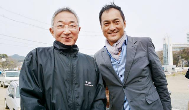 対談後のツーショット。このおよそ2週間後、前川さんは船頭として「第18昭福丸」に乗船、気仙沼港から出航した