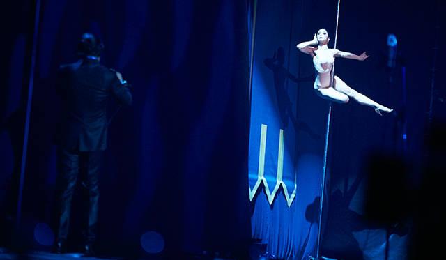 藤枝伸介氏のソプラノサックスとダンサーのPiPPiさんのセッション