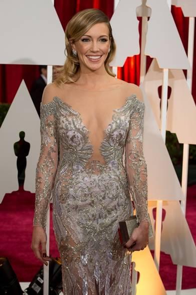 <strong>Katie Cassidy |ケイティ・キャシディ</strong></br></br>  女優のケイティ・キャシディは、映画プロデューサーである彼氏のデイナ・ブルネッティとアカデミー賞に出席。