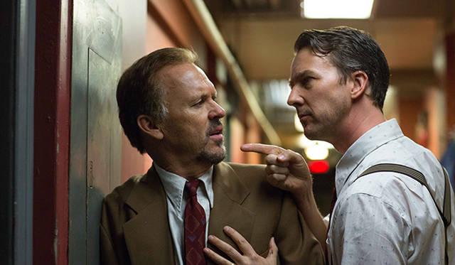 <br /> <strong>作品賞/監督賞/ 撮影賞/脚本賞<br /> 『バードマン あるいは(無知がもたらす予期せぬ奇跡)』</strong><br /> 製作国:アメリカ<br /> 監督:アレハンドロ・ゴンザレス・イニャリトゥ(Alejandro González Iñárritu)<br /> 撮影:エマニュエル・ルベツキ(Emmanuel Lubezki)<br /> © 2014 Twentieth Century Fox. All Rights Reserved.