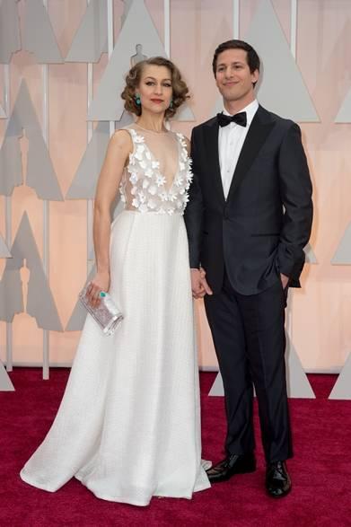 <strong>(左より)Joanna Newsom & Andy Samberg |ジョアンナ・ニューサム&アンディ・サムバーグ</strong></br></br>  パフォーマーを務める俳優のアンディ・サムバーグと妻のジョアンナ・ニューサム。