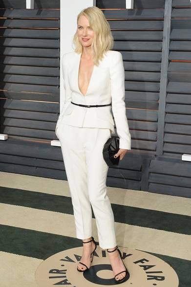 <strong>Naomi Watts|ナオミ・ワッツ </strong></br></br>  アフターパーティーに登場したナオミ・ワッツ。</br></br>  タキシード:ジョルジオ アルマーニ