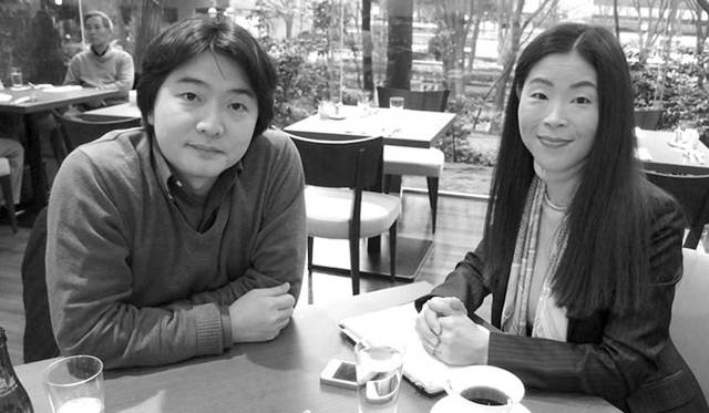 主催者の土門寛子氏(右)と、指揮者の山田和樹氏(左)