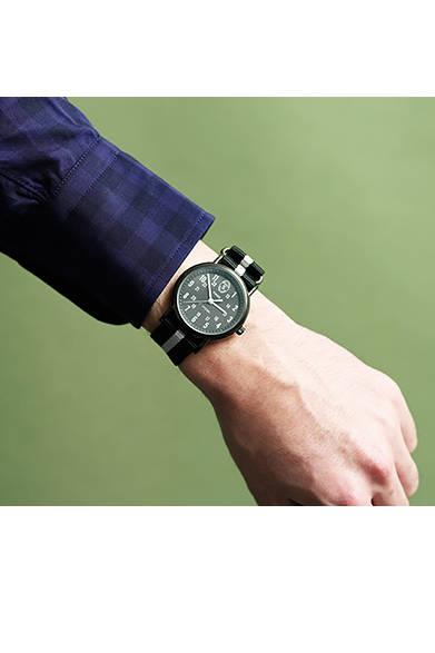 タイメックスは、1854年、アメリカのコネチカット州ウォーターベリーに創業。現在では世界80ヵ国以上に製造工場を持ち、手の届きやすい価格帯の腕時計を展開している