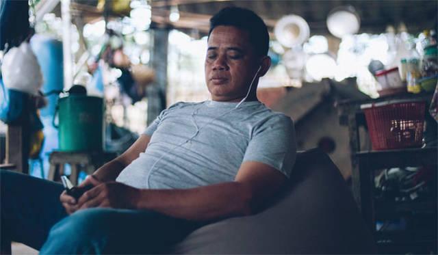 "<strong>teamLab|チームラボ</strong><br />『MUJI to Relax』 ""ひとをダメにするソファ""としてSNSで話題になった「体にフィットするソファ」"