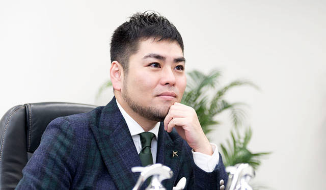 男性美容研究家・藤村 岳氏