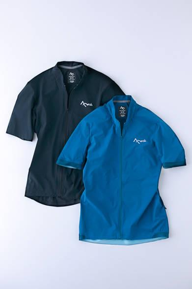 """どちらも肌に直接着ることが可能で、通気性や耐久性もよく終日着つづけられるライディングシャツ。身体へのフィット性にこだわり、部位により異なるパーツ、縫製で構成されている。写真左から「S2S  シャツ SS」1万4500円、「S2S ジャージー SS」1万8000円(ともにセブンメッシュ)※税抜価格 <br /><br /><a href=""""/article/943414"""" class=""""link_underline"""">今年らしさを感じるサーフ&スポーツブランド</br>記事へ</a>"""