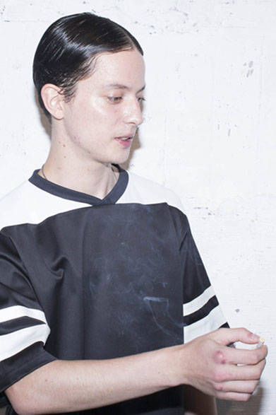 <strong>2015年春夏コレクション</strong><br />MIX FABRIC GAME SHIRTS 1万6200円