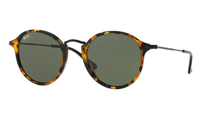<strong>Ray-Ban レイバン</strong><br />モデル「RB2447F」 Ray-Ban&reg;