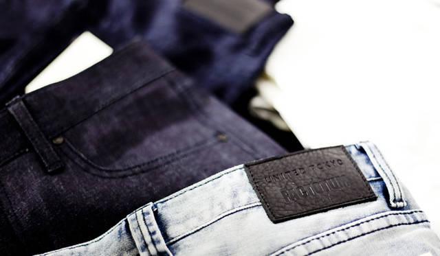 <strong>STUDIOUS|ステュディオス</strong><br />「ユナイテッド トウキョウ オーサカ」のオープンを記念した「ファクトタム」の限定のジーンズ
