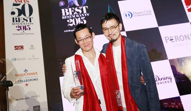 日本勢の活躍ぶりが目立った。写真はハイエストクライマー賞を受賞した「ハジメ(HAJIME)」の米田肇氏と、12位(昨年25位)に入賞した「レフェルヴェソンス」の生江史伸氏